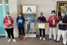 Donación de mascarillas y móviles de OPPO